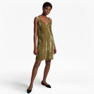 NWOT French Connection Theresa Velvet V-Neck Dress